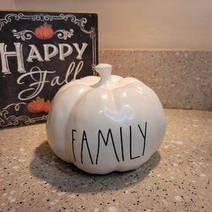 Rae Dunn Family Pumpkin Thanksgiving Decor